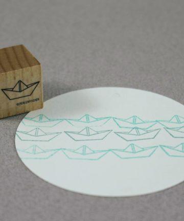 b008papierschiff1