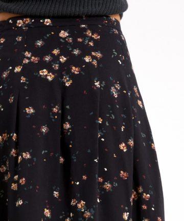 leaahna-wild-blossom-black-03